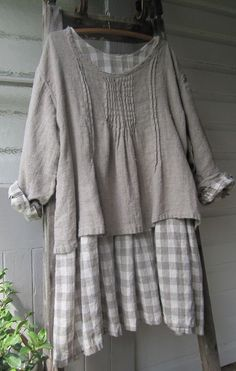 """aplaceinthecountry: """" grey gingham (via Pinterest) """" - Hang Me Up..."""
