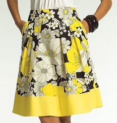 skirt pattern! I'm so making this. I absolutely love skirts with pockets. Fabric shopping!