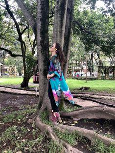 #kimono #primavera #casual #fashion #modamujer #modafemenina Kaftan, Kimonos, Unique Clothing, Moda Femenina, Feminine Fashion, Spring, Caftans, Kaftans
