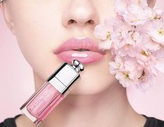 Dior Lip Glow Oil Spring 2020 Collection - Beauty Trends and Latest Makeup Collections Givenchy Beauty, Dior Beauty, Dior Makeup, Makeup Geek, Eyeliner Makeup, Makeup Tips, Dior Lip Glow, Lipsense Lip Colors, Lipstick Designs