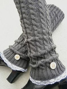 Dark Grey Knit Leg Warmers Boot Cuffs Long Socks Lace - Gotta figure out how to convert these to crochet! Boho Outfits, Cute Outfits, Accessoires Divers, Boot Cuffs, Boot Socks, Knit Leg Warmers, Knit Boots, Love Fashion, Knit Crochet
