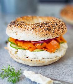 Vegan salmon(carrot lox) & cream cheese bagel | K33 Kitchen – Delicious plant-based vegan recipes Oyster Mushroom Recipe, Mushroom Recipes, Vegan Bagel, Vegan Fried Chicken, Vegan Fries, Vegan Burgers, Cheese Bagels, Bagel Shop, Vegetarian