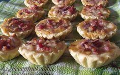 Pikáns kosárkák (sajtos-sonkás-baconos) recept fotóval