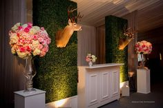 Flowers and Decor: Events In Bloom  Planning: Christine Hoffer, Belle of the Ball  Photography: Morgan Lynn