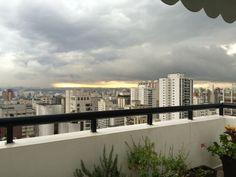 Um belo por do sol em São Paulo