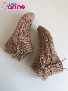 Diy Crafts - Five Skewer Socks Pattern Free - Knitting, Crochet Love Knitting Stiches, Free Knitting, Knitting Socks, Knitting Patterns, Crochet Patterns, Knit Socks, Knitted Booties, Knitted Slippers, Crochet Shoes