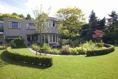 tuin tuinontwerp tuinarchitect hovenier hoveniersbedrijf tuinaanleg beplanting beplantingsplan onderhoud