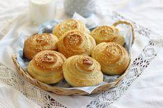 Juditka konyhája: 2021 Pretzel Bites, Mini Cupcakes, Muffin, Bread, Cukor, Breakfast, Desserts, Food, Morning Coffee