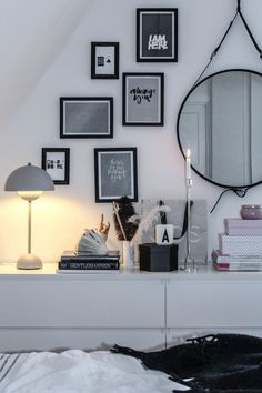 Big or small, mirrors are versatile accent pieces that will add style, drama or a touch of whimsy to your decor. A gallery wall of mixed-size mirrors Read more...