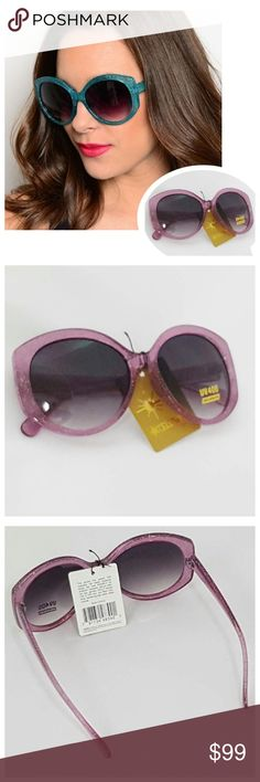 Retro Chic Pink Sparkle Oversize Sunglasses NWT Boutique sunglasses, pink retro chic style with oversized look and silver sparkle. Stylish celebrity eyewear.   ☀️ UV protection reduces red rays 🕶 Absorbs 100% of UVA and UVB rays, filtering colors ☀️ High level visible contrast 🕶 New with tags, individually packaged  More colors listed separately! 🕶☀️ Retro Chic Accessories Sunglasses