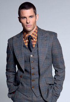 James Marsden—a three-piece plaid suit with a pop of colour.