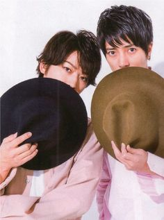 Kame to Yamapi 亀梨和也&山下智久 Best Friendship, Japanese Boy, Guy Names, Handsome, Actors, Guys, Celebrities, Movies, Pictures