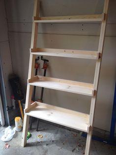 Diy Ladder Bookshelf, An Easy Weekend Project