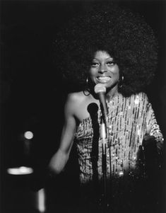 Diana Ross in concer