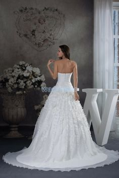 Lace Train Ball Gown White Sweetheart Wedding Dress with Flowers(ZJ7055)