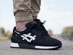 Asics Gel-Respector black white on foot 1