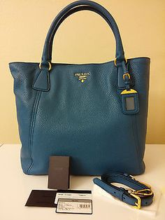 NEW Prada Vitello Daino Leather Bag, Cobalto Blue Tote / Shoulder / Shopper  Not usually one for such high-end bags, but loving the color and shape of this Prada ❤️