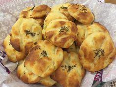 Cookie Recipes, Dessert Recipes, Spanakopita, Finger Foods, Baked Goods, Biscuits, Recipies, Muffin, Food And Drink