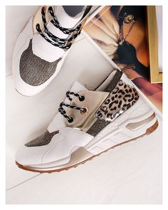 Converse, Wedges, Adidas, Sneakers, Shoes, Fashion, Tennis, Moda, Slippers
