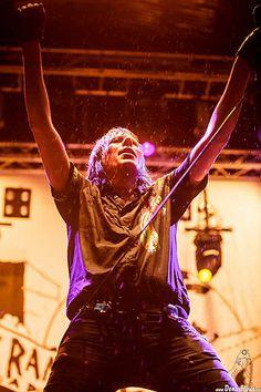 http://www.alnortedelnorte.es/post/resistir-es-vencer-azkena-rock-festival-2016-sabado-18-de-junio/