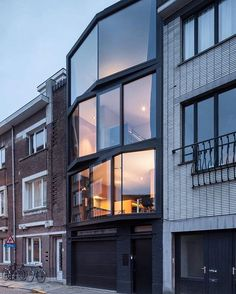 Black + Glass facade! ABEEL House in #Belgium designed by Steven Vandenborre & Mias Sys Architects #d_signers