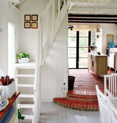 Bungalow Barn Update: Loft Stairs (The Lettered Cottage) - Bungalow Barn Update: Dachbodentreppe (The Lettered Cottage) - Small Staircase, Staircase Ideas, Spiral Staircases, Staircase Design, Space Saving Staircase, Stair Idea, Loft Stairs, Basement Stairs, Home Decor Ideas
