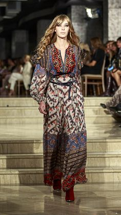 Roksolana Bogutska - Lviv Fashion Week Ukrainian beauty folk fashion