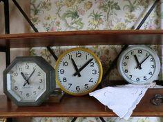Ancienne horloge d'usine !