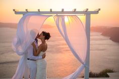 www.pantheon-villas.gr weddings@pantheon-villas.gr
