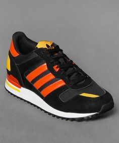 Aktuell bei Numelo: der Adidas ZX 700 in Blk/Yellow/Orange - http://www.numelo.com/adidas-zx-700-p-24503107.html #adidas #zx700 #laufschuhe #sneaker #numelo
