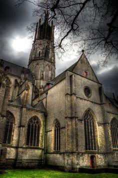 Basiliek Hulst, Zeeland