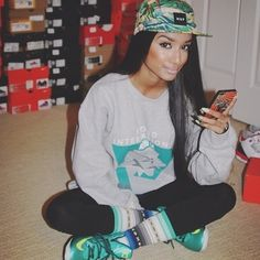 Pretty Girl Swag Urban Fashion Style Streetwear Dope 5 Panel SnapBack Jumper Sweater Nike Adidas Trainers Sneakers Black Beauty Trend