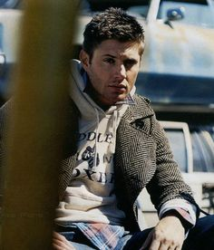 Could someone please tell this man to control his hotness...he's killing me.  #JensenAckles