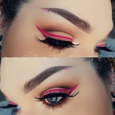 Pink winged eyeliner and matte Eyeshadow Eyeshadow Tips, Matte Eyeshadow, Eyeshadow Looks, Matte Lipsticks, Makeup Inspo, Makeup Goals, Makeup Inspiration, Makeup Ideas, Colorful Makeup
