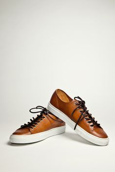 Buttero Tanino Leather Tan Sneakers - casual shoes for the weekend or dress-down office. Tan Sneakers, Leather Sneakers, Sneakers Fashion, High Top Sneakers, Tan Leather, Leather Converse, Me Too Shoes, Men's Shoes, Shoe Boots