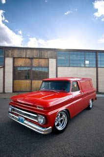 How beautiful is this classic 1965 Chevy Panel? Gm Trucks, Cool Trucks, Pickup Trucks, Cool Cars, Chevy C10, Chevy Pickups, Chevrolet Trucks, Chevy Vans, Station Wagon