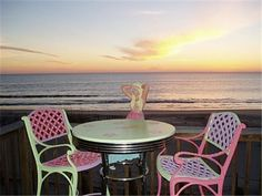 Oceanfront Deck with your very own Mermaid