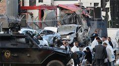 PKK klaim bertanggung jawab atas serangan bom mobil Turki  ANKARA (Arrahmah.com) - Partai Pekerja Kurdistan (PKK) yang dilarang di Turki mengaku bertanggung jawab pada Jum'at (1/4/2016) atas serangan bom mobil yang menewaskan tujuh polisi pasukan khusus dan melukai 27 orang di wilayah tenggara ungkap sebuah pernyataan di situs PKK.  Sebagaimana dilasir Al Jazeera PKK telah berupaya melawan negara Turki sejak tahun 1984 awalnya untuk kemerdekaan Kurdi meskipun sekarang mereka menuntut otonomi…