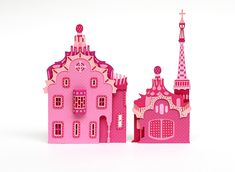 Creation of a paper city, inspired by Barcelona, for MIA by Freixenet. Agency : Rosbeef!Ad Photographer : Pascal Moraiz