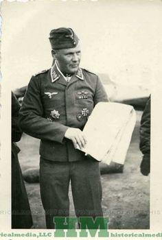 HÖFEMEIER, Heinrich (*21/08/1913†07/08/1943)