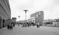 Het Stadhuisplein in aanbouw, 1957