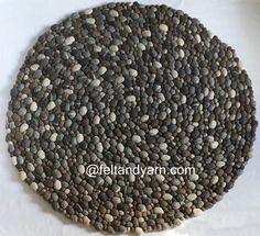 Natürliche Steine Typen fühlte Kugel Teppich in grau Ton. Wir haben 100 % Neuseeland-Naturwolle verwendet, diesen wunderbaren Teppich machen. Es