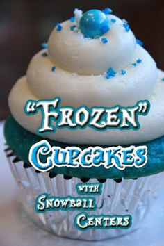 """Frozen"" Inspired Cupcakes with Snowball Centers! For the gals who kids love frozen @jaccantrell @klmcdonald2004 @m3gwhite @PaulaLynell31"