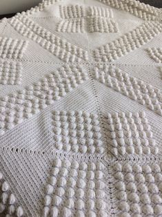 Living In Europe, Bedspread, I Am Happy, Hand Crochet, Shawls, No Response, I Shop, Decor Ideas, Rustic