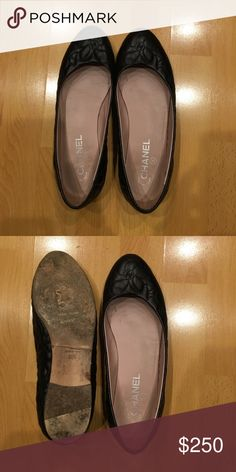 Women Chanel Ballet Flats Black 8 1/2 Authentic Chanel Ballet Flats. Tops are beautiful wear shows on the sole. No box or bag. Size 38 1/2. CHANEL Shoes Flats & Loafers