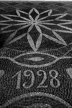 hand made stone pavement, Funchal Calçada Portuguesa - Funchal