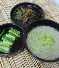 Buddhist nun Seonjae teaches temple food