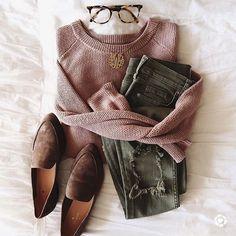 Fashion Tips Outfits .Fashion Tips Outfits Casual Fall Outfits, Fall Winter Outfits, Autumn Winter Fashion, Winter Wear, Casual Hair, Mode Outfits, Fashion Outfits, Womens Fashion, Fashion Flatlay