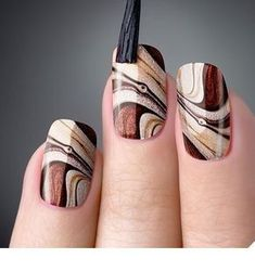 As unhas marmorizadas ou marble nails vem fazendo muito sucesso entre as mulhere… Marble nails were very successful in women because they had a similar effect as marble stones. Fall Nail Designs, Acrylic Nail Designs, Acrylic Nails, Beautiful Nail Art, Gorgeous Nails, Fall Nail Art, Autumn Nails, Nagel Gel, Creative Nails