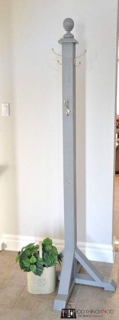 DIY Garderobe DIY coat rack coat tree coat stand hat stand More DIY Garderobe Kleiderst nder Kleiderst nder Hutst nder Mehr Diy Hat Rack, Hat Hanger, Hanger Rack, Kids Coat Rack, Coat Racks, Modern Tree House, Creative Closets, Hat Storage, Storage Ideas